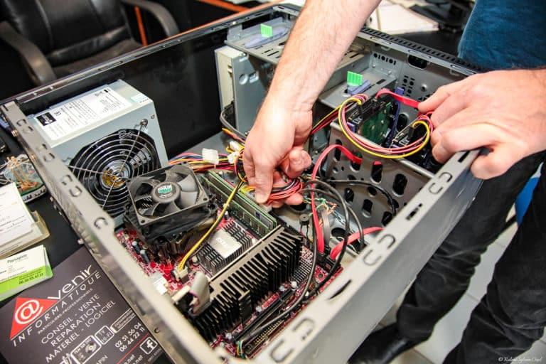 Installation de pièces détachées dans votre ordinateur à Luçon